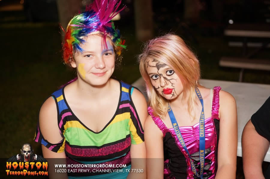 2 girls dressed as Monster High Characters